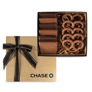 6 Piece Cookie & Confection Gift Box With Pretzels